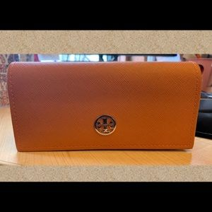 Like New: Tory Burch Soft Sunglasses Case